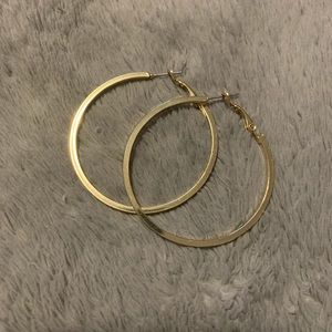 Jewelry - ✨3 for 20✨Medium size gold hoops